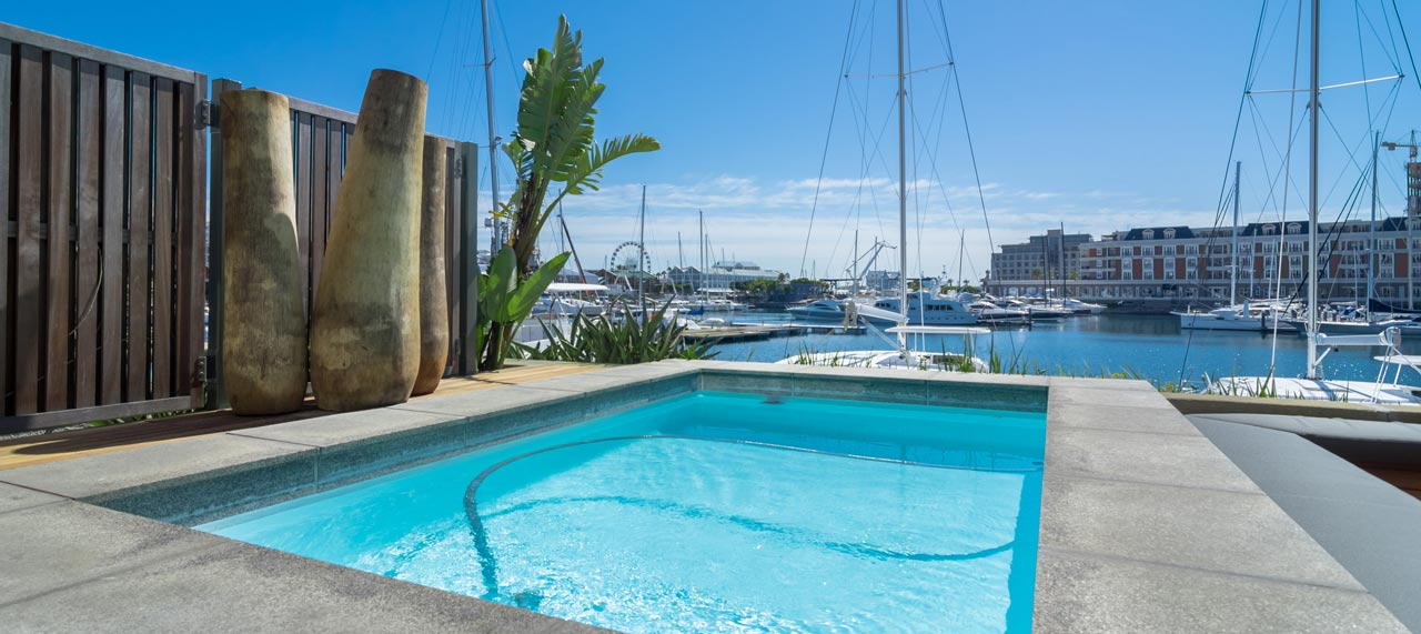 exclusive-apartment-swimming-pool-cape-town