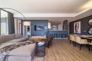 holiday-rentals-cape-townliving-room