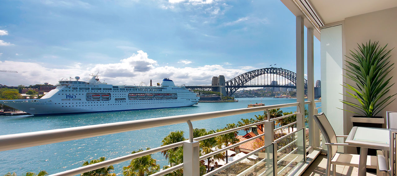 luxury accommodation sydney harbour