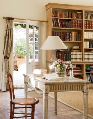 luxury rentals provence study room